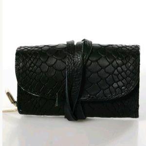 GiGi New York Leather Mini Wallet